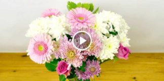 Как красиво поставить весенний букет